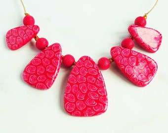 Red and white statement necklace, Red rose pattern, Bright red chunky necklace, Flower pendant necklace, Cord necklace