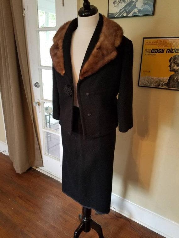 Fabulous Paris Lilli Ann knit suit w mink collar