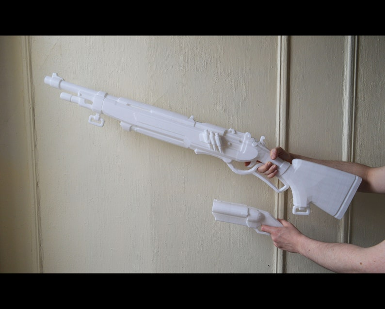 Ashe Jungle/Safari Viper Rifle with Coach Gun + Hat Badge + Dynamite, from  Overwatch, 3D printed cosplay prop