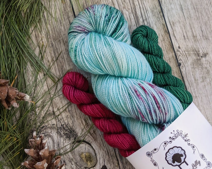 Featured listing image: SOCK SET, Carol of the Bells