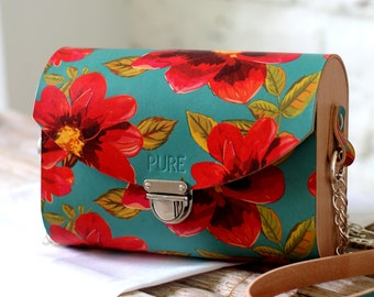 Leather clutch with chain BLOSSOM N.2