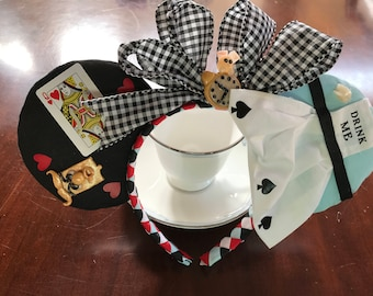 EXCLUSIVE - Alice In Wonderland Inspired Mouse Ears