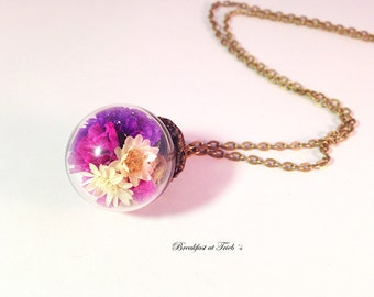 Daisy and beach lilac glass ball