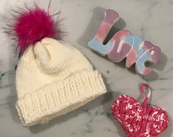 21381d857d9 Adults Pink Pom Pom hand Knitted Hat