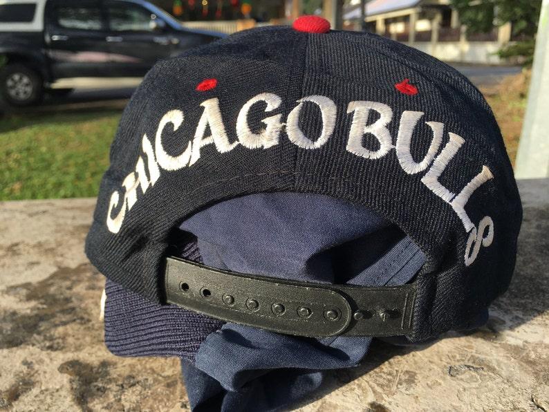 70e90a7a618 Rare 90s Vintage CHICAGO BULLS 3d snapback caps hat Duck