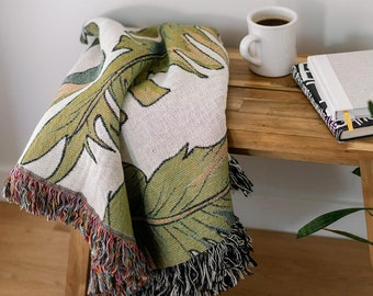 Palm Leaf Woven Throw Blanket - Floral Banana Leaf Tropical Decor, Green and White Home Decor