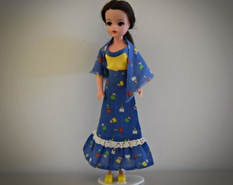 Beautiful summer vintage outfit for Sindy Pedigree / Romany Girl / # 44291 / 1977 / complete