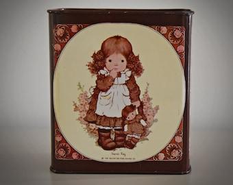 Vintage and nostalgic piggy bank Sarah Kay / Gaze / Valentine Australia / The Valentine publishing co / 70s