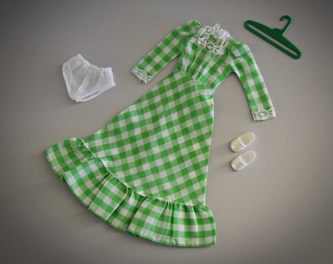 Vintage outfit Sindy Pedigree Barn Dance / # 44271 / 1978 + matching white sandals, panties and coat rack
