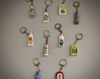 Vintage key chains / advertising / theme cleaning products - detergent / 1968 / set of 10 pieces