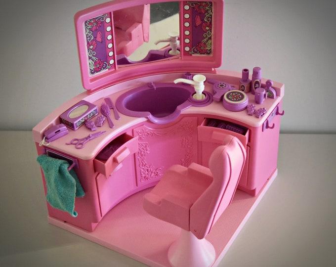 Vintage Mattel Barbie Beauty Salon / # 4839 / + original accessories / 1983 / original box