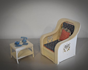 Vintage Mattel Barbie Dream House Furniture 1983/Furniture Fashion Chair Lounger + Table + Pillow + Accessories/Plastic White Wicker