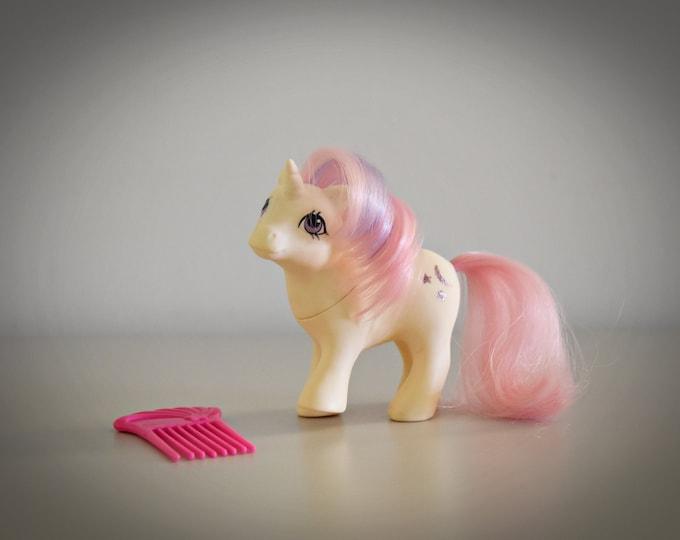Cute vintage Vintage My Little Pony Baby Moondancer / G1 / Unicorn / Symbol : Moon + 2 Sparklers / Hasbro / 1984 / Hong Kong