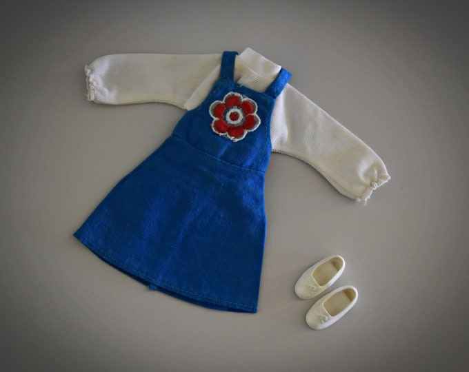 Cute vintage outfit for Sindy Pedigree / Lovely Lively Ship Ahoy + matching white shoes / ref. S606 / 1974