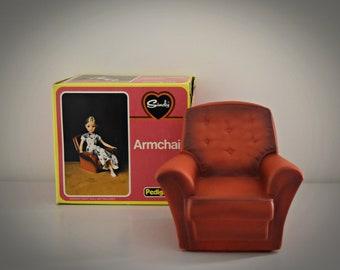 Vintage Sindy Pedigree Armchair / red vintage seat /original box / Art. No. 44520