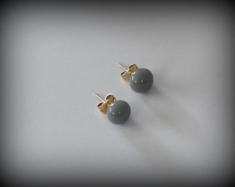 Stud Earrings-glass jewel