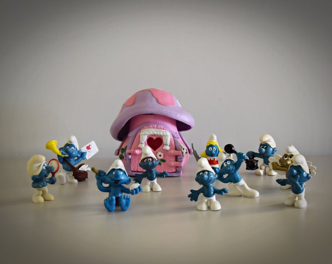 Beautiful lot vintage smurfs + pink smurf house (1978) / Peyo / Schleich / Bully / W. Germany / Hong Kong