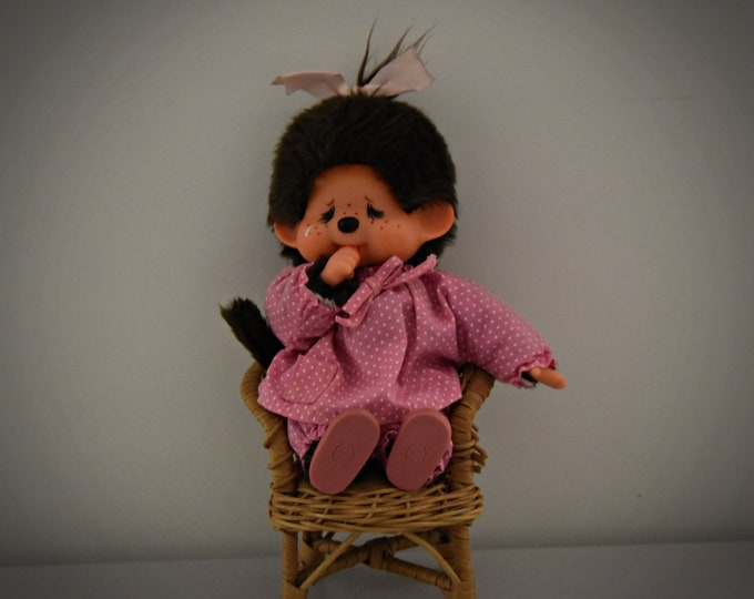 Very beautiful and sweet vintage Monchhichi ± 23 cm/Sekiguchi Japan 1974/+ Monchhichi pink outfit + matching shoes