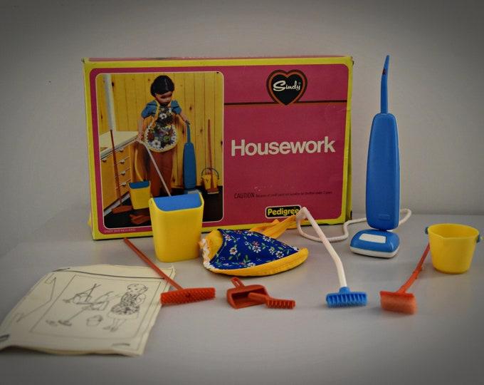 Vintage Sindy Pedigree Housework set 1977 / # 44422 / in original box/Collectors item