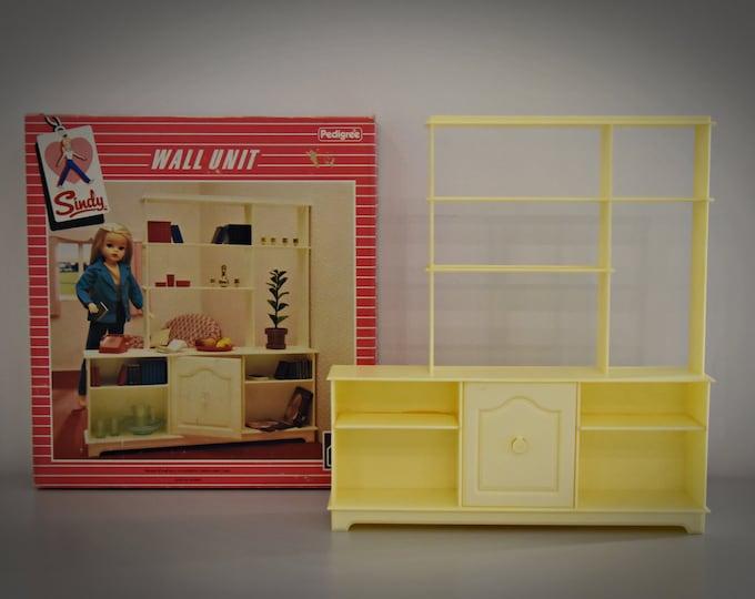 Vintage Sindy Pedigree Wall Unit / 44232 / original box / Scenesetters / 1984 / no accessories