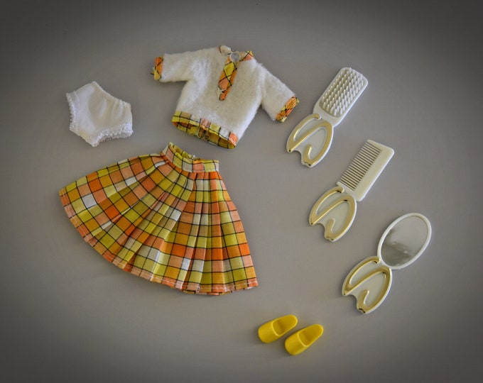 Vintage outfit for Sindy Pedigree / Lovely Lively / 1975 / + accessories = complete / ref 44608