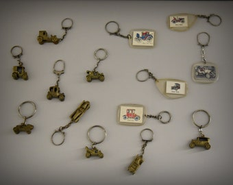 Vintage key Rings/Theme Cars/1968/advertising/set of 14 pieces