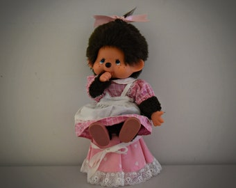 Cute vintage Monchhichi ± 21 cm / Sekiguchi Japan / + Monchhichi fashion - pink dress + shoes / 1974