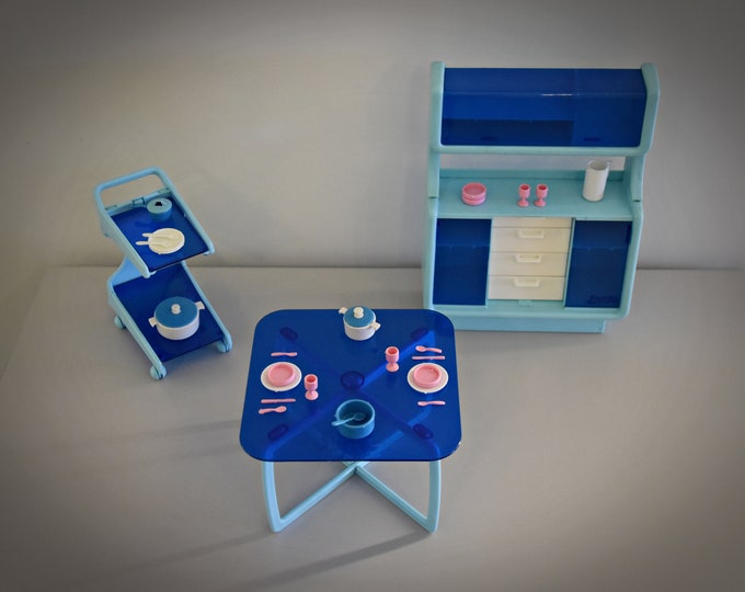 Vintage Mattel Barbie Dinning Room Furniture / No 2152 / Retro buffet cabinet + table + trolley + 29 matching accessories / blue / 1977