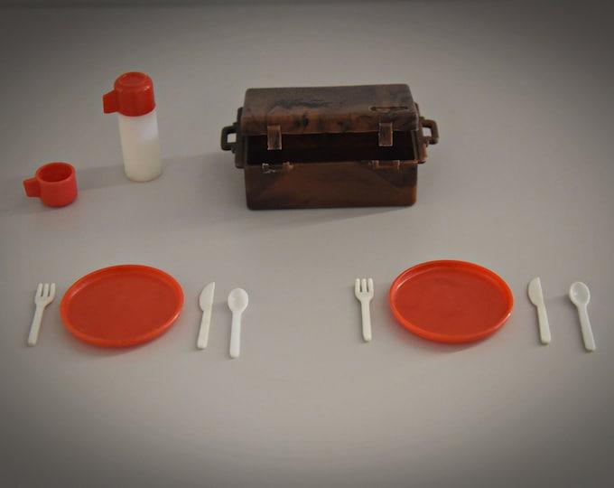 Vintage Sindy Pedigree picnic set / 1977 / Scenesetters / Collectors item / complete