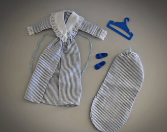 Vintage outfit Sindy Pedigree Night Time + matching blue sandals and coat rack / #44141 / Sindy Classics / 1983