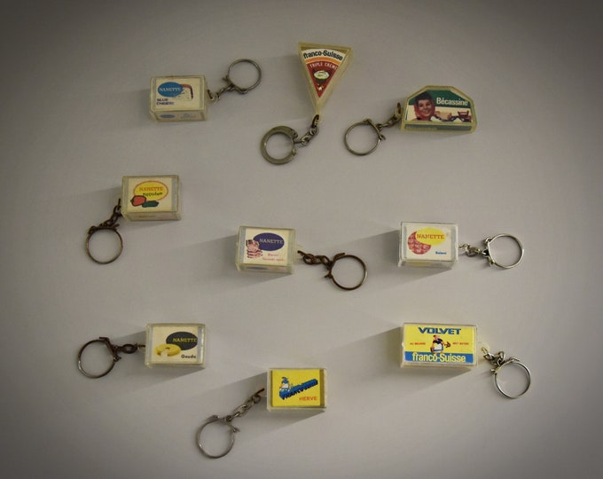 Vintage key chains / advertising / theme cheese and charcuterie / 1968 / set of 9 pieces