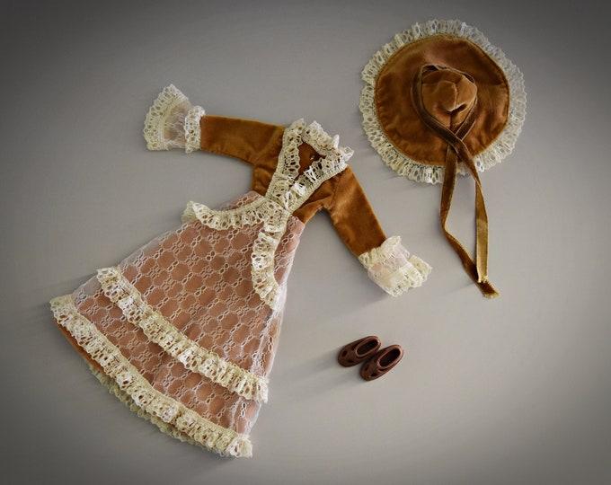 Beautiful vintage outfit Fleur doll Belle # 1020 (Dutch Sindy) / Otto Simon / Fleur fashion + matching brown sandals / 1978