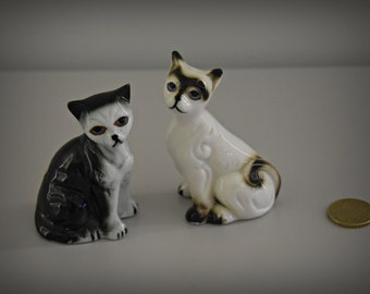 Set of 2 vintage miniature cats figurines Bone China Siamese/pussy/CAT/kitten/porcelain/cat Lover Gift