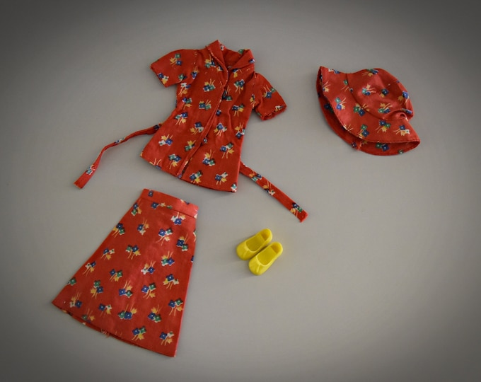 Beautiful summer vintage outfit for Sindy Pedigree / City Shopper / # 44296 / 1977 / complete