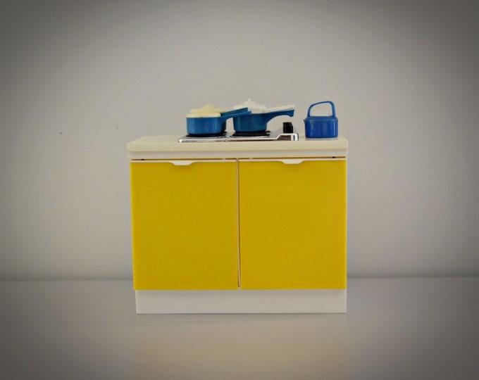 Vintage Sindy Pedigree Hob Unit / part kitchen + accessories / no 44547