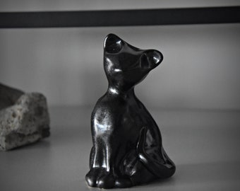 Unique ceramic female figurine/stoneware/Anthracite mat/handmade/cat lover Gift
