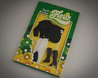 Vintage outfit Fleur (dutch Sindy) nr. 1267 / Horse-riding / NRFB / Fleur fashion / Collectors item / Holland