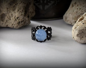 Adjustable dichroic ring-gothic style-light blue