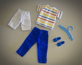 Summer vintage outfit Sindy Pedigree Beachgirl + matching blue sandals and coat rack / #44100 / 1982 / Fun Fashion