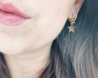 Small Minimalist Star Hoop Earrings / Simple Little Minimalistic Gold Star Hoops