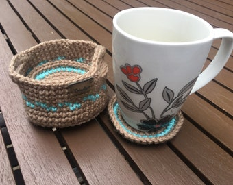 Set of 4 coasters crocheted in a basket