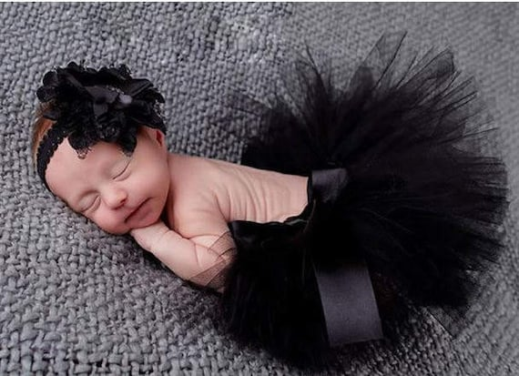 Tutu, Newborn Tutu, Infant Tutu, Custom Tutu, Toddler Tutu, Girls Tutu, Holiday Outfit, Birthday Outfit, Tutu and Bow Combination