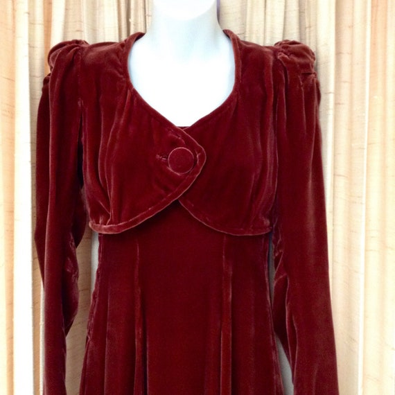 1930s Silk Velvet Gown with Jacket - image 3