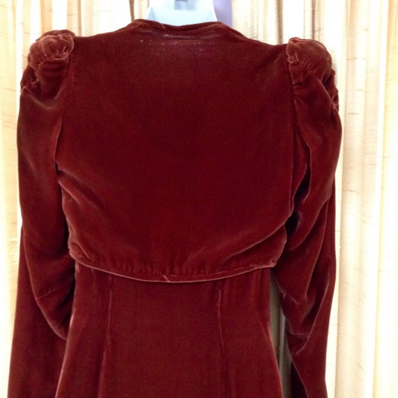 1930s Silk Velvet Gown with Jacket - image 5