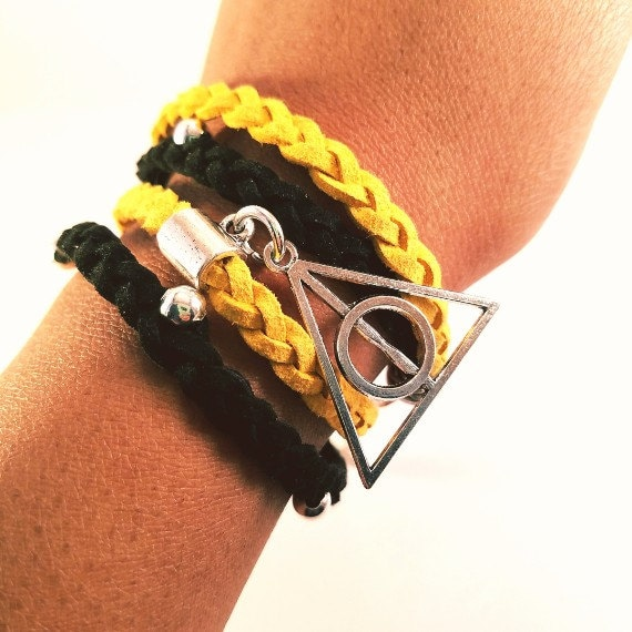 Silver harry potter deathly hallows charm hufflepuff new for Elder wand markings