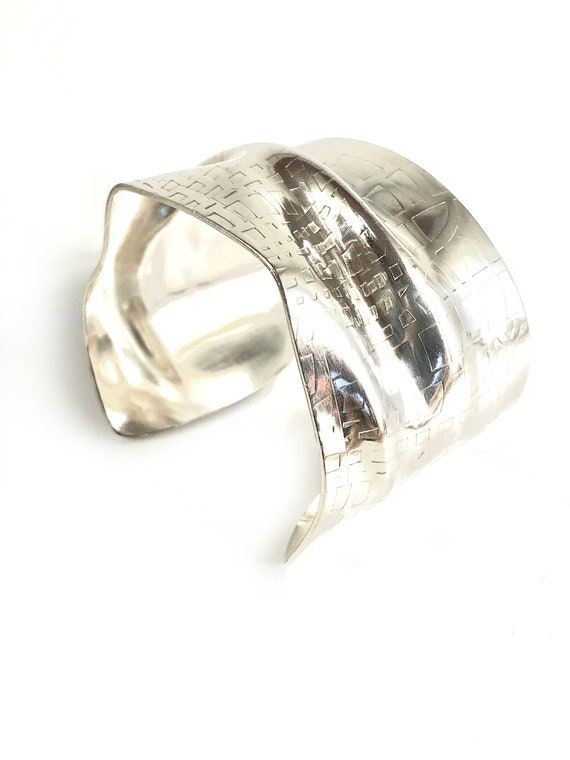 Sterling Crushed Roller Printed Cuff