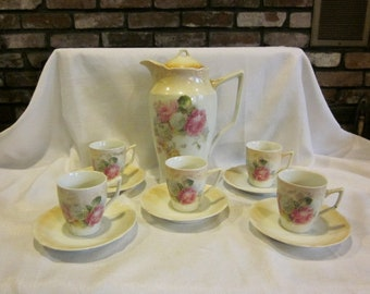 Chocolate pot and cups vintage chocolate pot 5 cups Altenburg China Germany vintage shabby chic Alternburg chocolate set teapot coffee pot