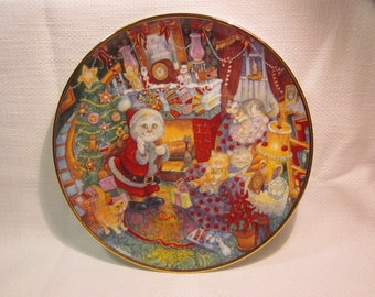 """Vintage Franklin Mint Collectible Plate - Bill Bell """"Not a Creature was Purring"""" collectible cat plate"""