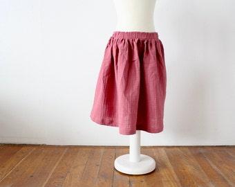 Knee-length children's skirt muslin - Old pink