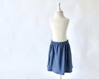 Knee-length children's skirt muslin - blue